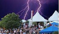 Bild von Blitzschutz bei Veranstaltungen und Versammlungen (Download)